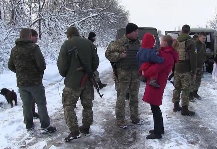 В штабе АТО сообщили о радости жителей взятых под контроль Украины донецких сел