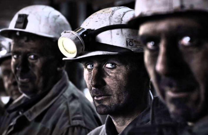 На Украине горняки не намерены подниматься на поверхность из-за долгов по зарплате