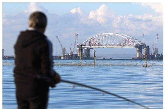 На Украине предлагают новый способ остановить возведение Крымского моста