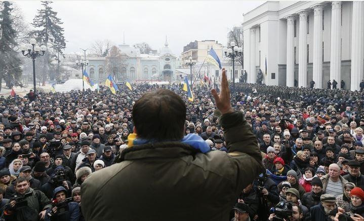 СТРАНА.ua: Саакашвили на свободе показал слабость властей Украины