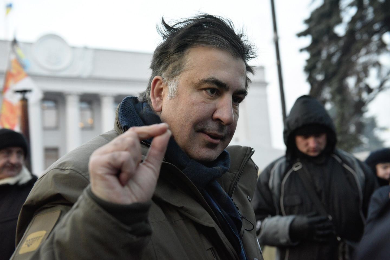 Объявленный в розыск Саакашвили попытался прорваться в отель, чтобы помыться, но потерепел неудачу