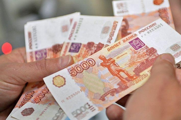 В Думе принят закон и повышении о минимальной зарплаты