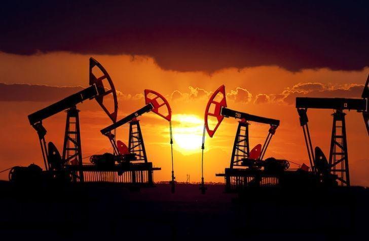 Нефть опустится до 40 долларов