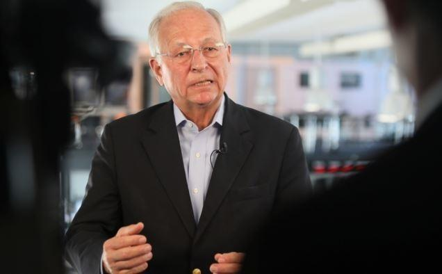 Немецкий политик: от военного конфликта между РФ и США мир спасает лишь везение