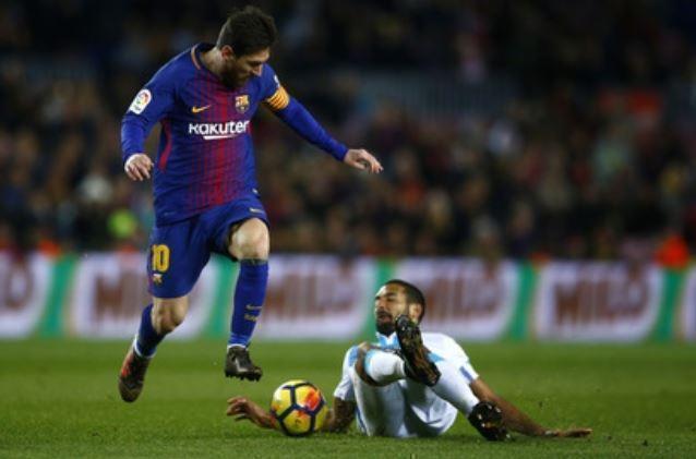 Стала известна зарплата Месси в «Барселоне»
