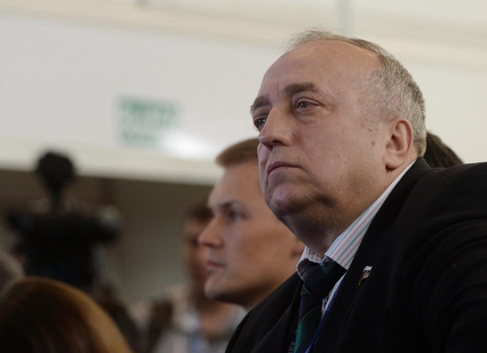 В Совфеде одобрили отставку Клинцевича