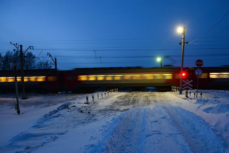 В Подмосковье на железной дороге погиб подросток