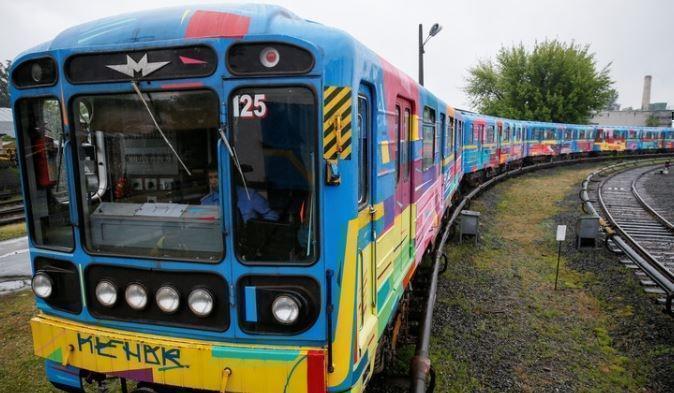 СТРАНА.ua: из-за долгов перед Россией может остановиться киевское метро