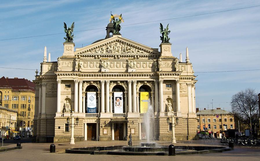 Во Львове солист театра уволен из-за антиукранских взглядов
