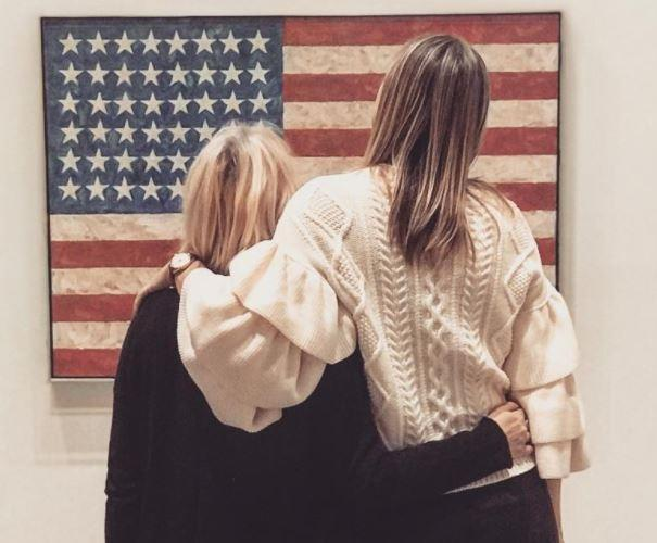 Шарапову осудили за фото с американским флагом