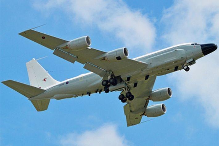 Самолеты НАТО осуществили разведку у границ РФ и в Донбассе