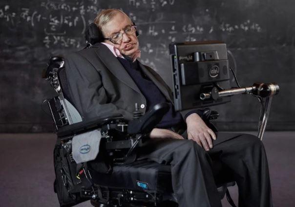 Что завещал Стивен Хокинг: 7 его важных прогнозов о будущем человечества