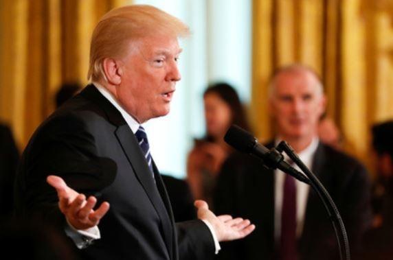 Трамп предсказывает Америке крупнейший политический скандал