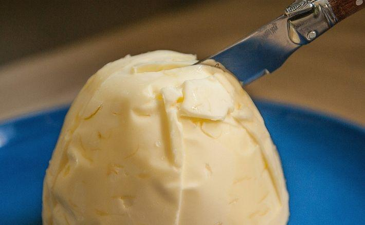 Роскачество проверило сливочное масло и выявило нарушения в 37% продукции