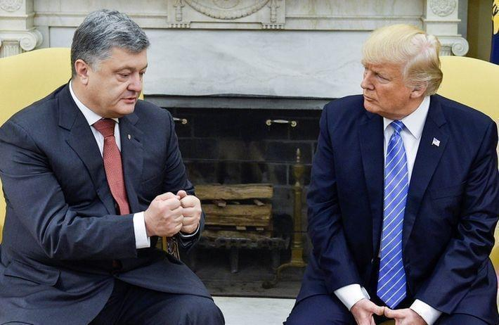 «Грязная сделка»: BBC рассказал, сколько Киев заплатил за встречу Порошенко с Трампом