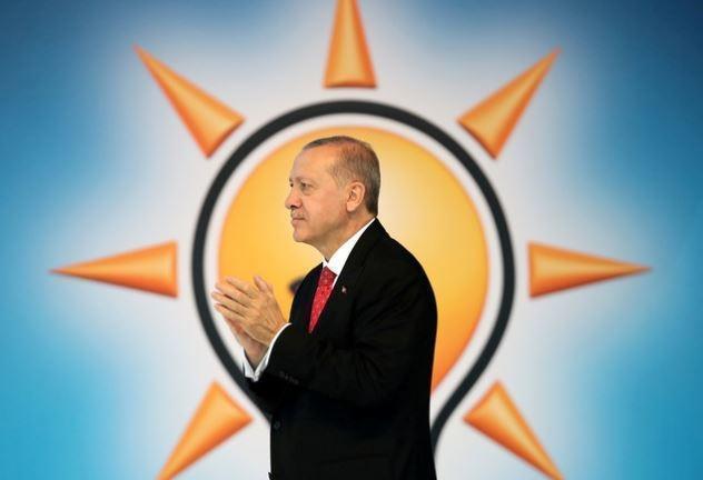 Эрдоган призывает жителей Турции избавляться от долларов и евро