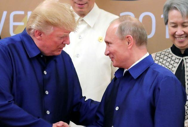 Huffpost: Сноуден убежден, что Трамп обожает Путина