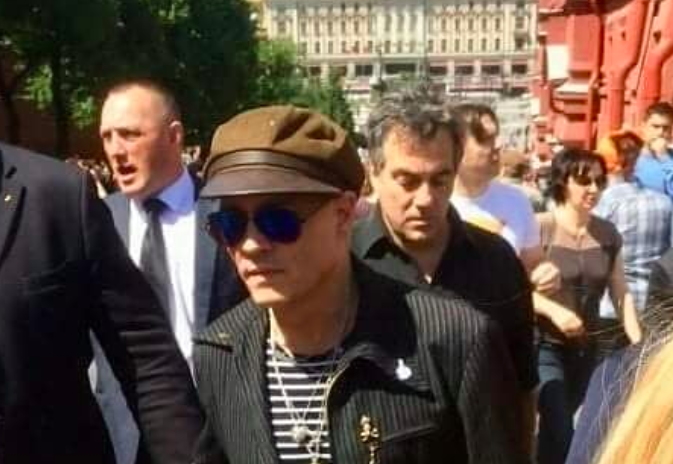 Джонни Депп посетил мавзолей Ленина
