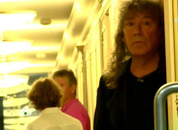 Соседи Владимира Кузьмина поведали тайну о ребенке певца от 3-го брака (видео)