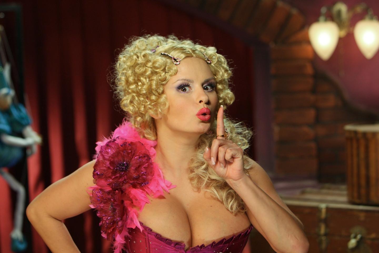 Анна Семенович перенесла операцию на груди