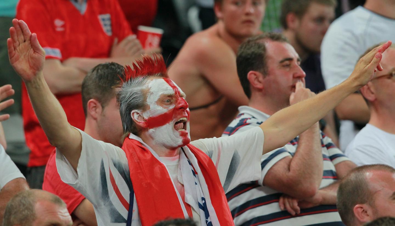 В Москве ограбили пьяного футбольного фаната из Британии
