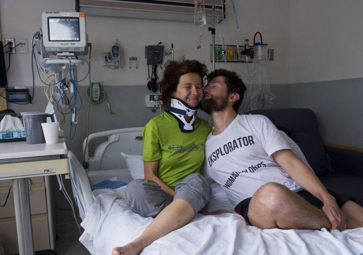 Медовый месяц чуть не стал трагедией, когда супруга сорвалась с высоты 300 м в горах