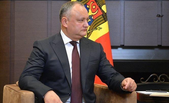 Президенту Молдавии пришлось лететь на ЧМ-2018 за свой счет экономклассом