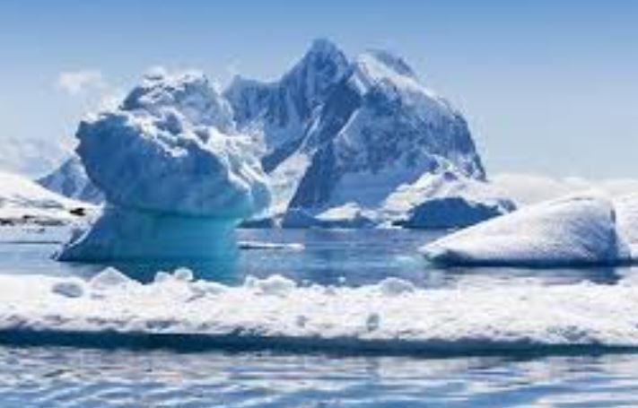 Льды Антарктиды начали рекордно быстро таять