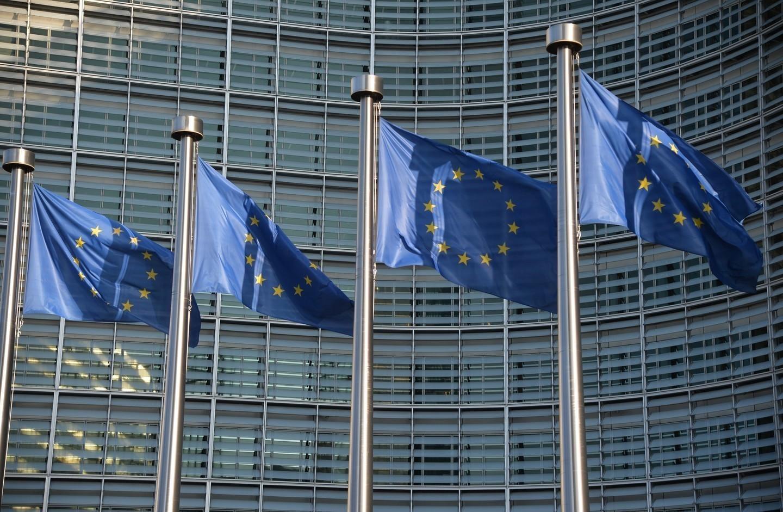 Евродепутаты призвали продлить санкции против РФ