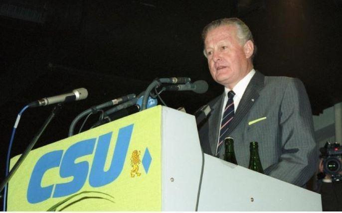 Депутатов ХСС уличили в организации «немецкого Brexit»