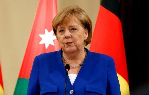 Обозреватель L'Express: спасти Меркель уже невозможно