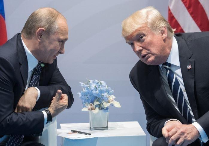 """""""Даже если подарят Москву"""". Трамп не удивится критики после встречи с Путиным"""