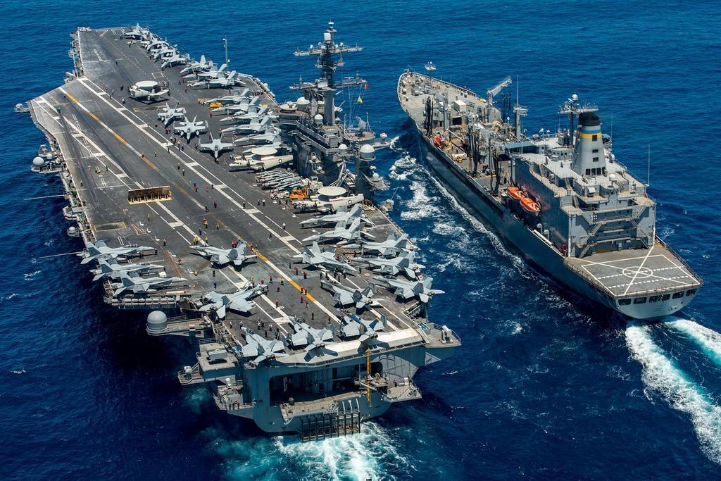 Штаты, Япония и Австралия уничтожили корабль в Тихом океане