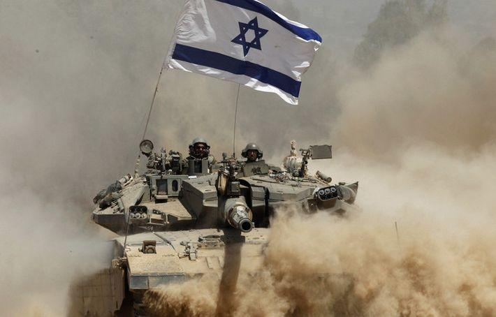 Израильский танк атаковал пост ХАМАС в секторе Газа