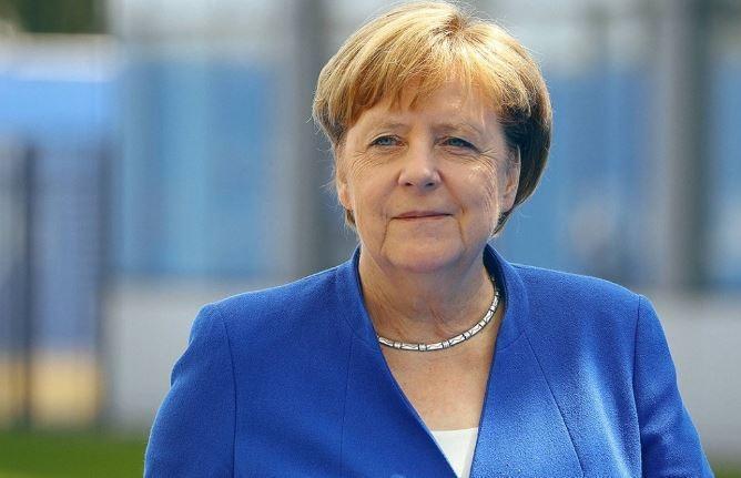 Меркель призналась, почему не приехала в РФ на ЧМ