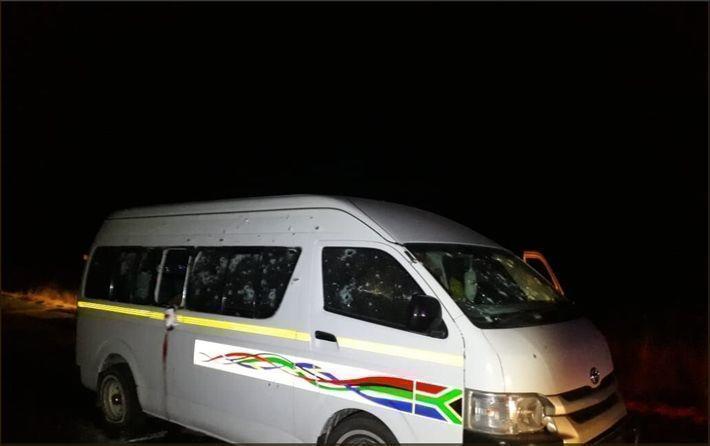 Расстрел из засады. В Африке 11 человек погибли при обстреле микроавтобуса