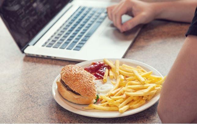Ученые обнаружили средство, которое помогает много есть и не толстеть