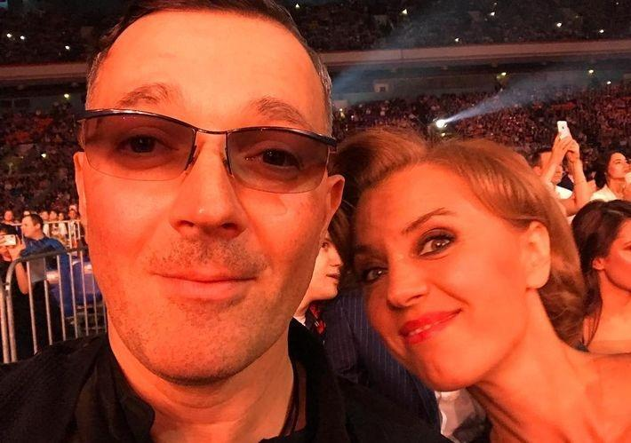 Ксения Алферова и Егор Бероев стали опекунами юноши с синдромом Дауна