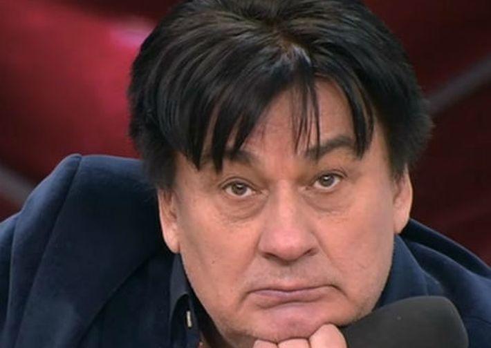 Телеведущая из Челябинска обвинила Александра Серова в избиении