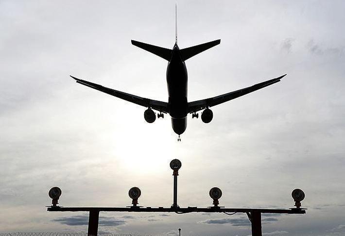 Рейс Омск-Москва совершил экстренную посадку в Екатеринбурге