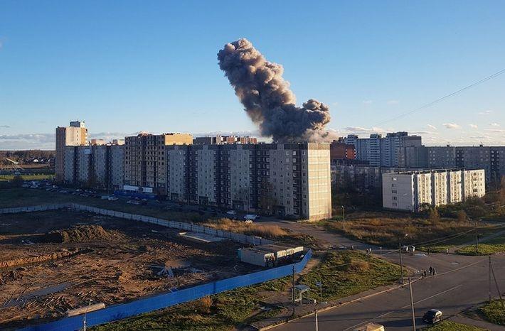 Взрыв на заводе в Гатчине повредил 16 жилых домов