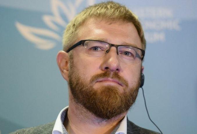 «Чуть ли не под дулом пистолета»: Захарова высказалась о задержании Малькевича
