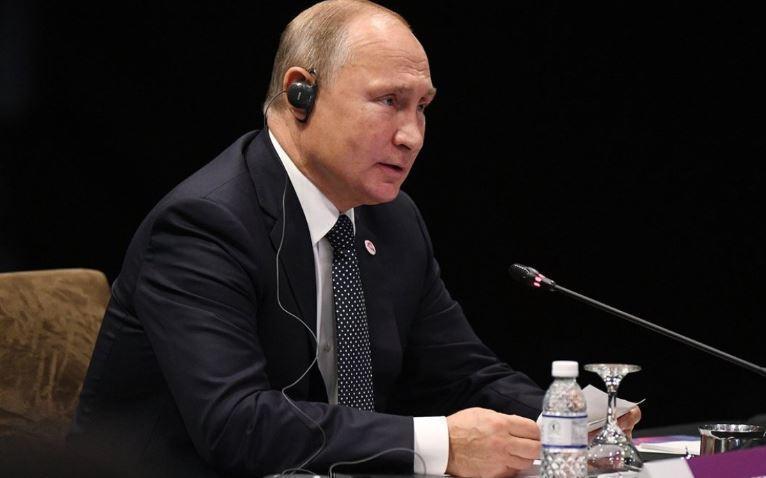 Путин: Нынешние власти Украины не способны решить проблему Донбасса