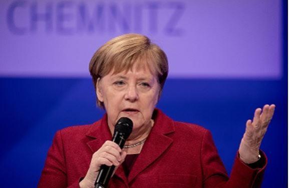 Меркель признала, что были допущены ошибки в миграционной политике