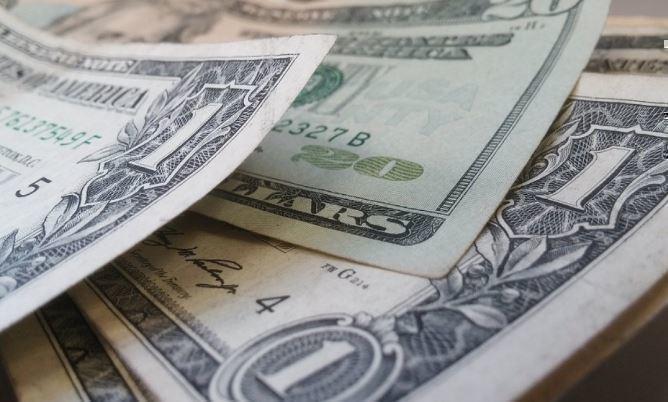 РФ решила увеличить вложения в гособлигации США в сентябре