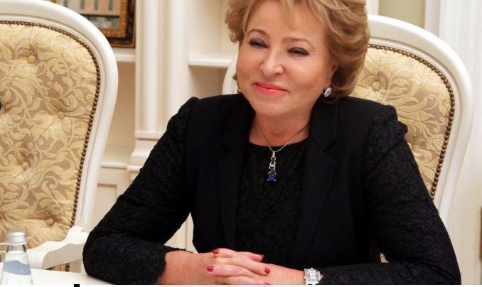 Матвиенко появилась на публике в гипсе