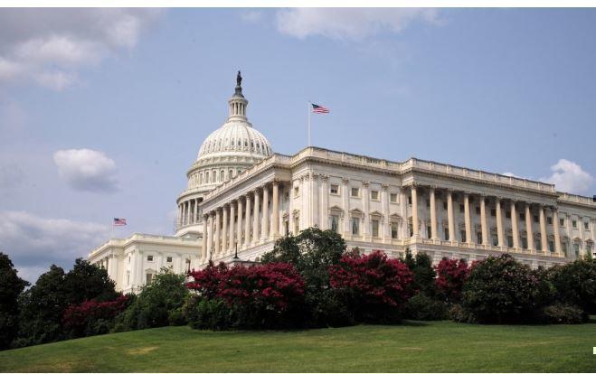 «Нужна смена режима в Вашингтоне»: в Ron Paul Institute поведали об удивительных политиках США