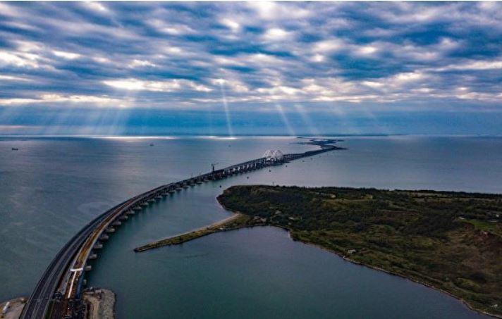 В Крыму отреагировали на данные о проседании моста через Керченский пролив