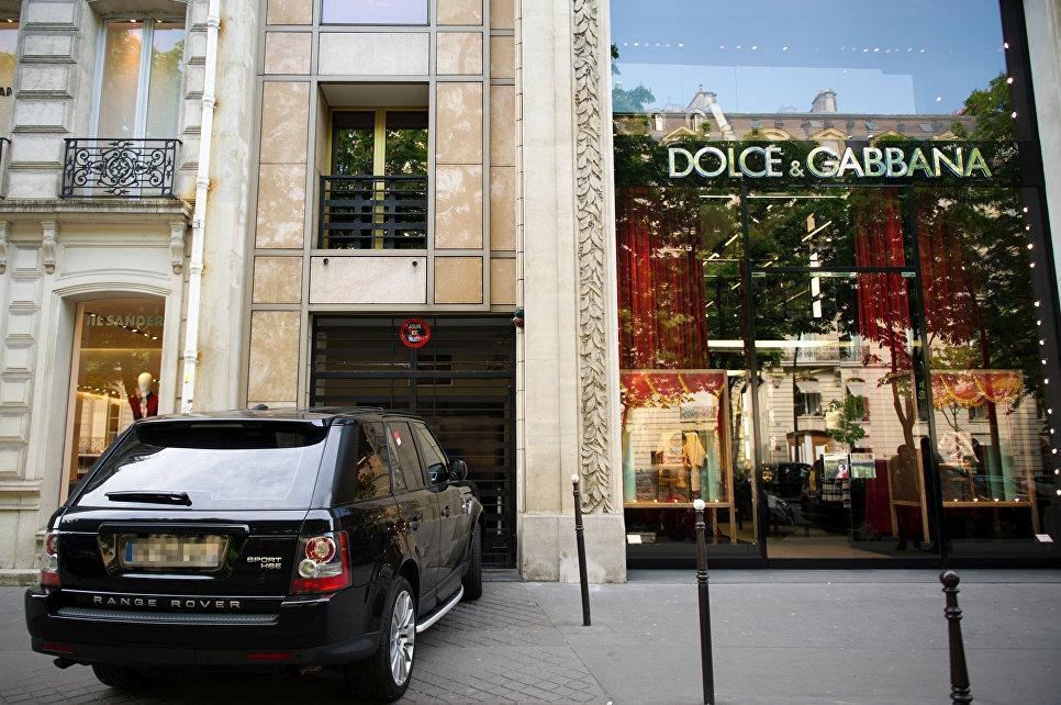 В Китае магазины после скандала отказались от продажи товаров Dolce & Gabbana