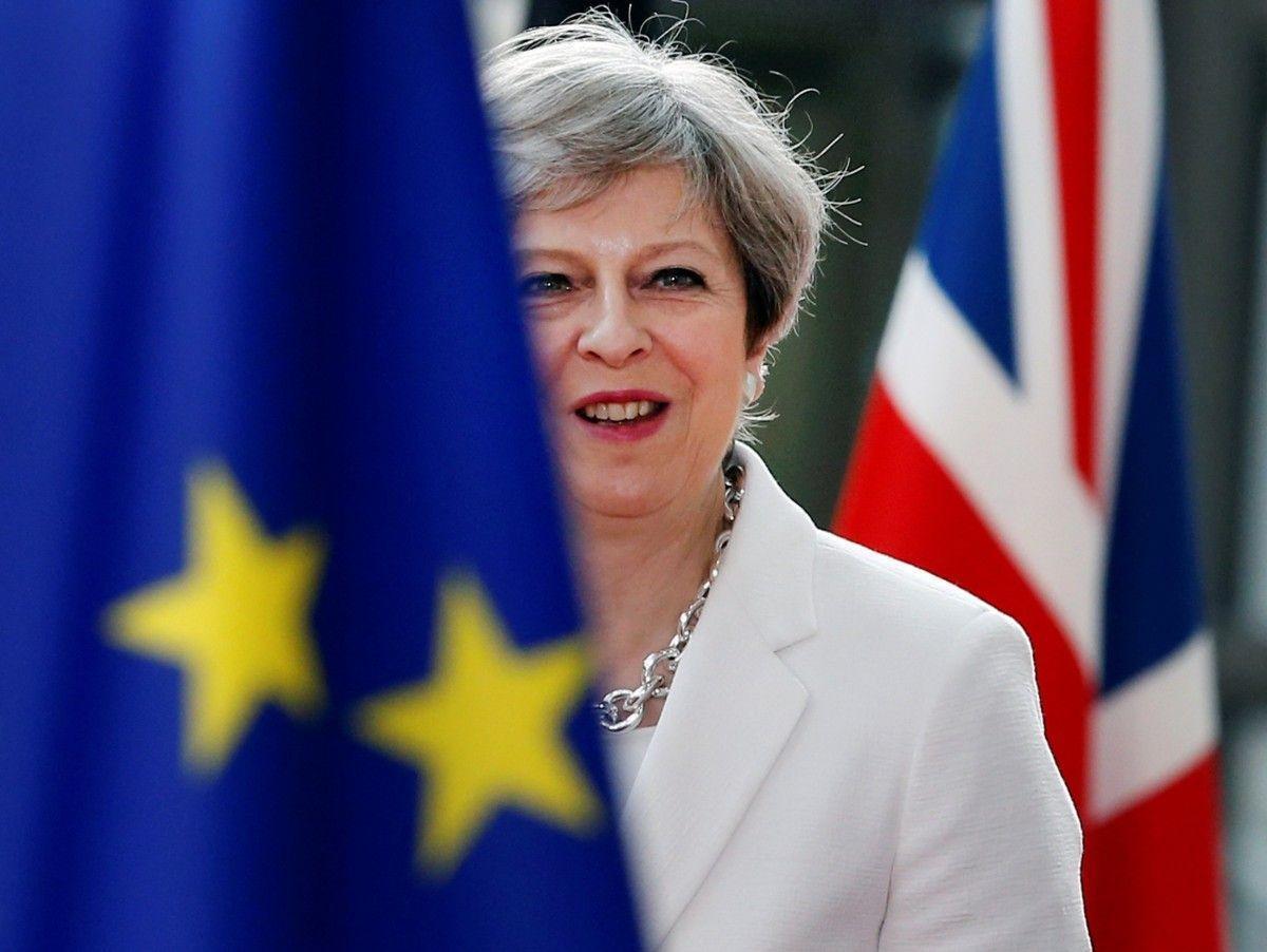 Премьер Испании заявил, что общая позиция по брекситу с Мэй не согласована